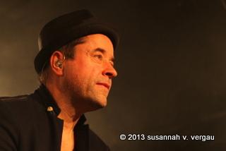 jan josef liefers & oblivion 16.12.2013 - foto: susannah v. vergau